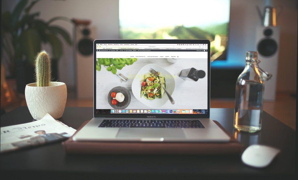 Criação de sites com webdesign e SEO